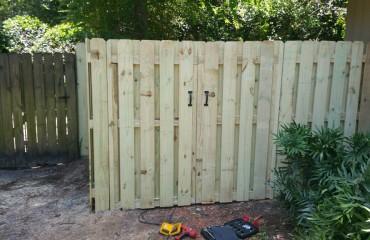 shadow box fence installation