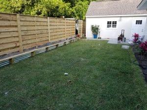 horizontal shadow box fence